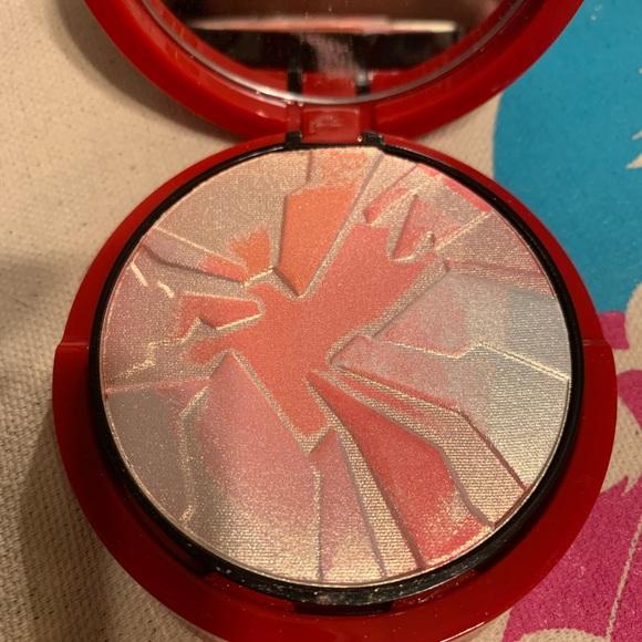 Armani Beauty Other - Armani beauty palette